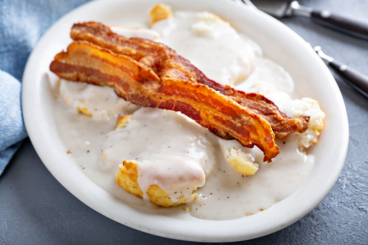 biscuits gravy and bacon