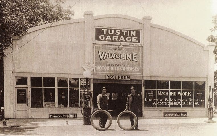 Tustin Garage black and white