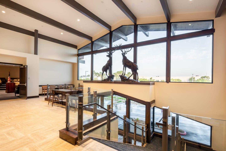 Lodge room lobby