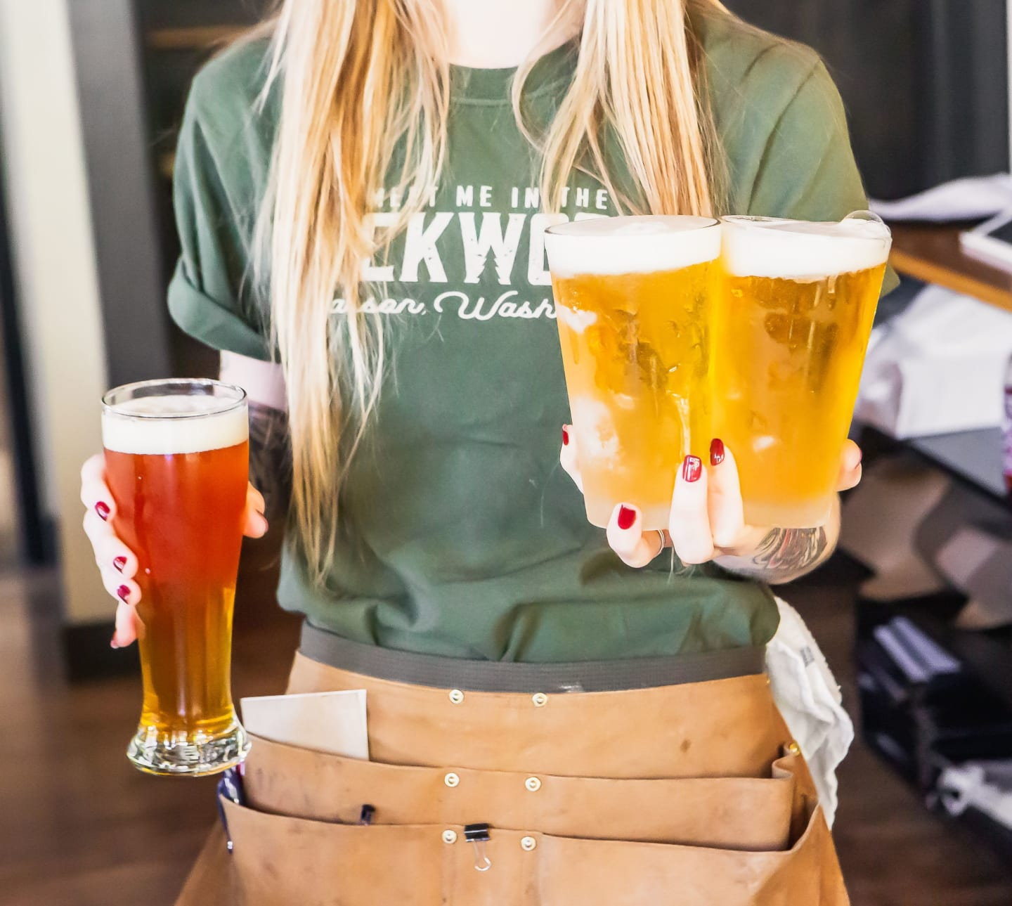 waitress with beers
