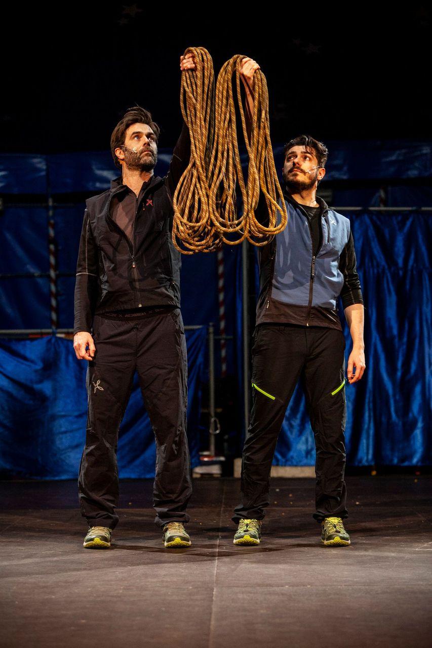 Teatro Manzoni - (S)LEGATI con Jacopo Maria Bicocchi e Mattia Fabris
