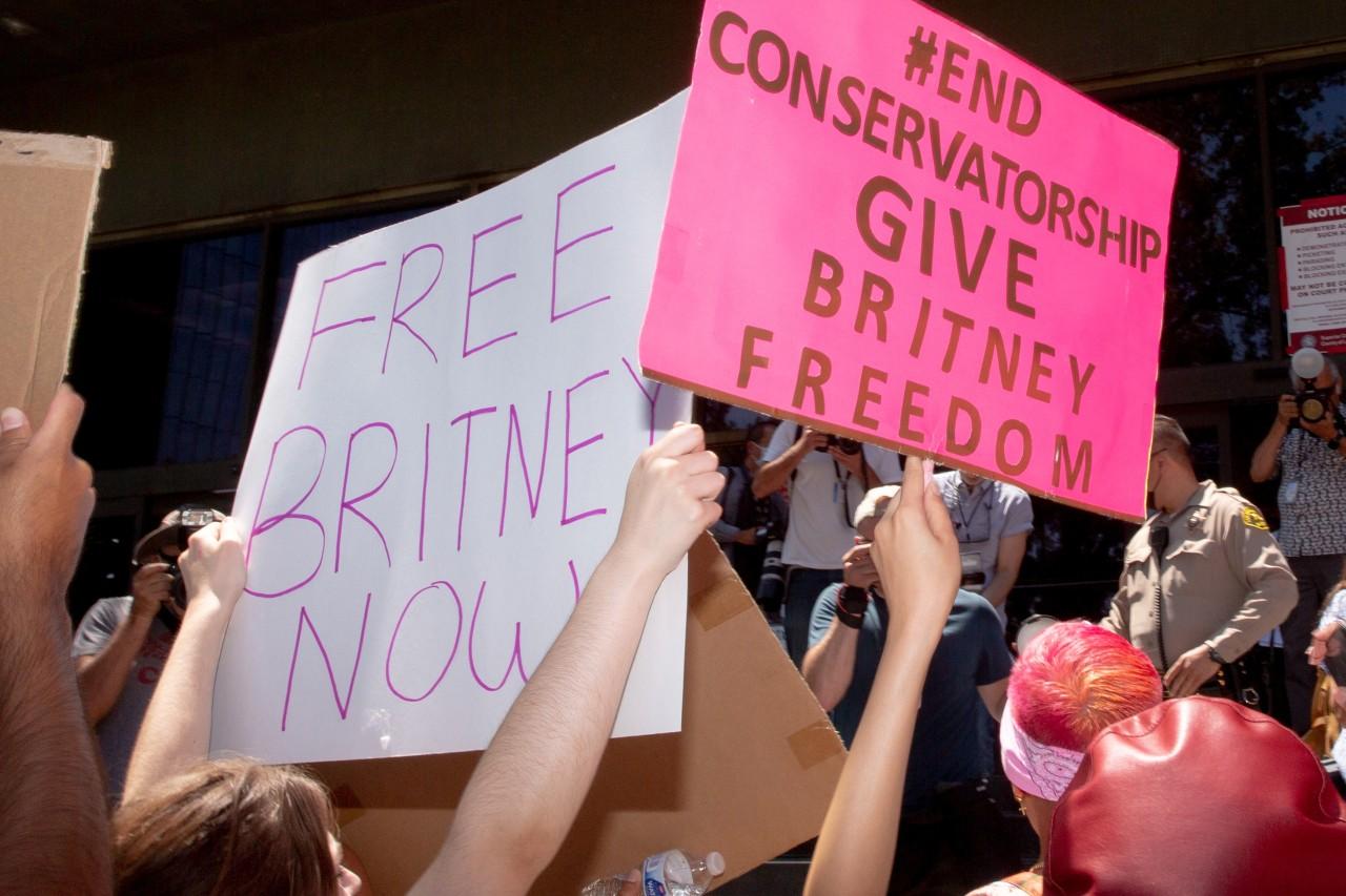 """IN ARRIVO DAL 17 OTTOBRE IN ESCLUSIVA SU DISCOVERY PLUS """"CONTROLLING BRITNEY SPEARS"""""""