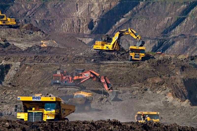 Como Investir na Bolsa para Iniciantes - Para um engenheiro de minas, investir no setor de mineração é muito mais fácil. Ele pode analisar as empresas desse setor com muito mais facilidade.
