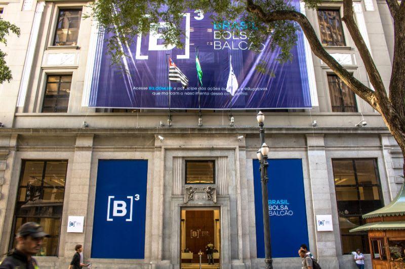 O que é BM&F - Fachada atual da B3, a Bolsa de Valores brasileira, em São Paulo