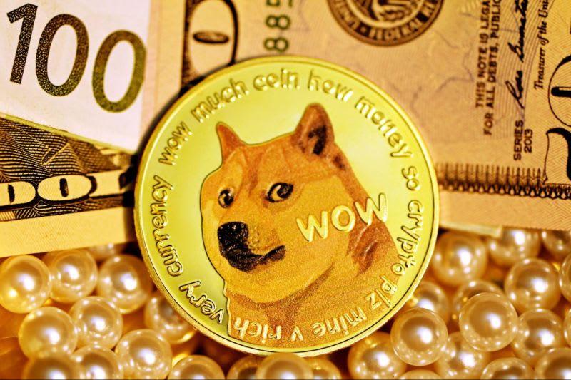 A Dogecoin, inicialmente criada como um meme, se tornou uma das queridinhas da internet.