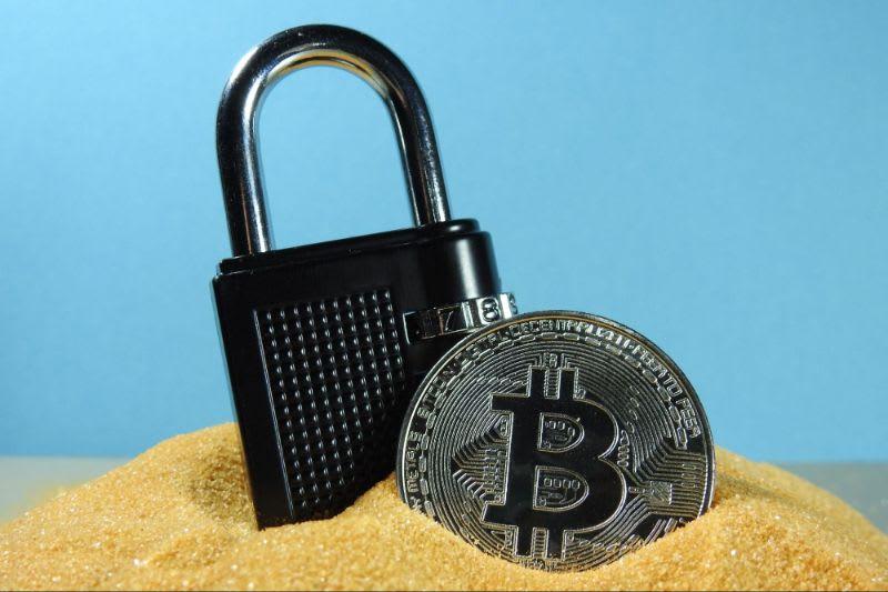 A segurança é sempre um ponto muito importante para analisar o investimento em criptomoedas.