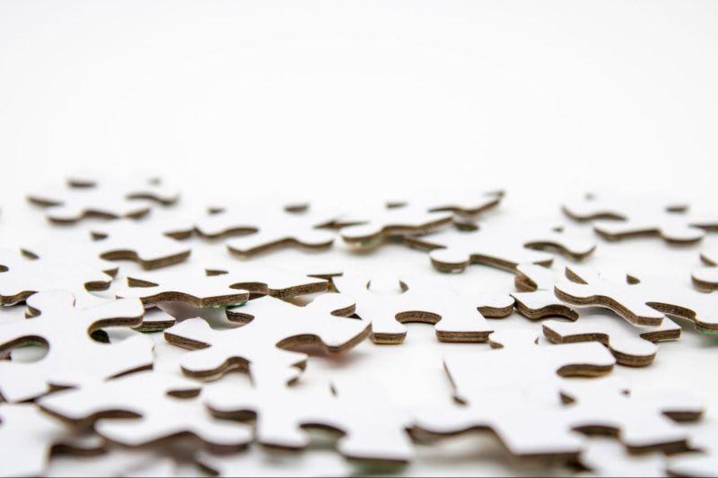 As ações fracionadas são apenas, como diz o próprio nome, frações dos lotes tradicionais de ações.