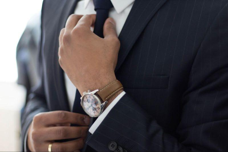 Um custodiante profissional é responsável por grande parte das operações necessárias para a disponibilização de um BDR no mercado.