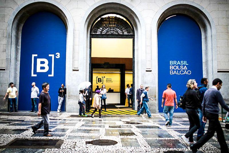 Fachada da B3, no centro de São Paulo.