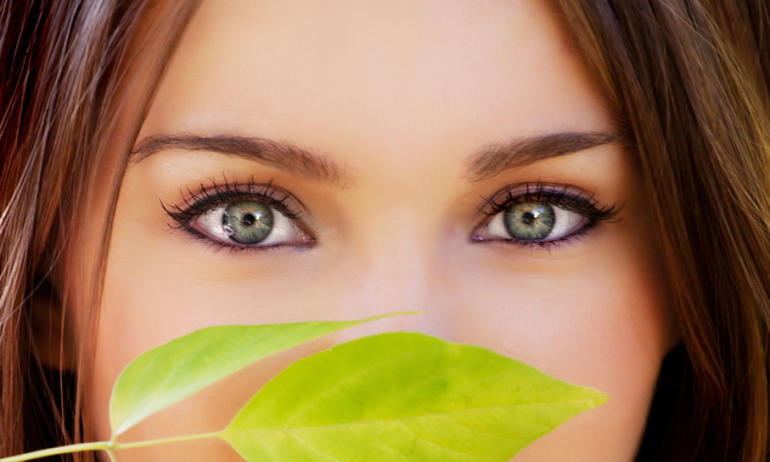 Are Iris Implants The Next Beauty Trend?