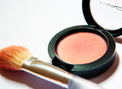 Productos básicos para iniciarte en el mundo del maquillaje.