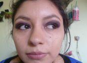 Maquillaje de gala color negro con matices morados