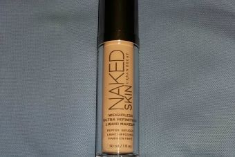 Review: Base Naked Skin, de Urban Decay