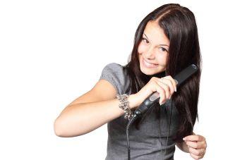 5 cosas que nunca les debes hacer a las puntas de tu cabello.