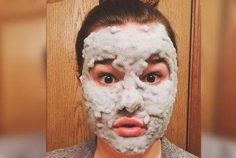 La máscara de burbujas que se toma las redes sociales