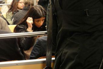 5 tips para maquillarte en el Metro y no morir en el intento