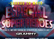 Súper héroes en Grammy Discotheque