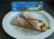 Prepara wraps con quesillo para un almuerzo light