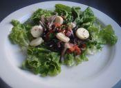 Prepara una ensalada mediterránea de palmitos