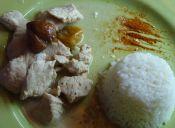 Cómo preparar pollo con salsa de castañas y coco