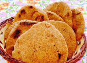 Prepara pan pita de 3 harinas (integral, de avena y blanca)