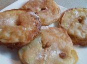 Prepara aros de manzana fritos