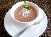 Prepara un rico mousse de chocolate sin azúcar
