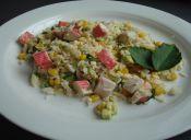 Cómo hacer ensalada de arroz con ceviche de kanikama