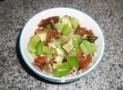 Ensalada de cochayuyo con verduras y semillas