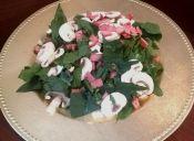 Ensalada de espinaca con champiñones