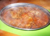 Carne a la cacerola con salsa de tomate