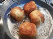 Puré de papas relleno con queso
