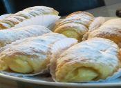 Enrollados de masa de hoja con Crema Pastelera
