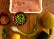 Preparar Pavo con guarnición de mango y verduras frescas