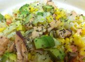 Ensalada de salmón, rápida y contundente