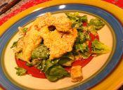 Ensalada agridulce de pollo y brotes