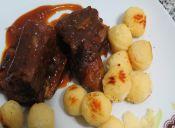 Prepara un Costillar de Res al horno con Salsa Barbacoa