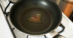 ¿Cómo cocinar con menos aceite?