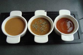 Prepara 3 aderezos para ensaladas a base de miel