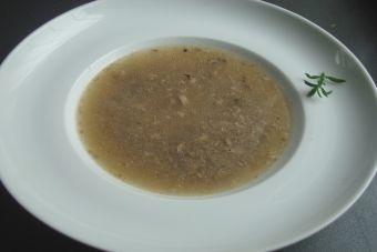 Prepara sopa de champiñones