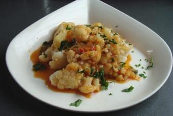 Cocinar Aloo gobi: coliflor con cúrcuma