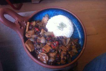 Preparar feijoada vegana estilo carioca