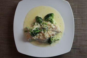 Preparar pollo alfredo con brotes de brócoli