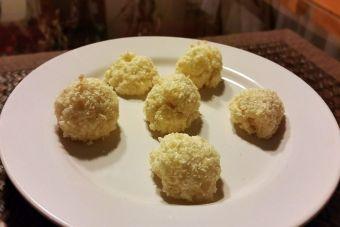 Cómo preparar bolitas de coco