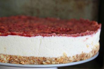 Cómo hacer un cheesecake crudivegano de frutilla