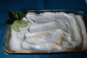 Receta: Budín de manzanas con merengue