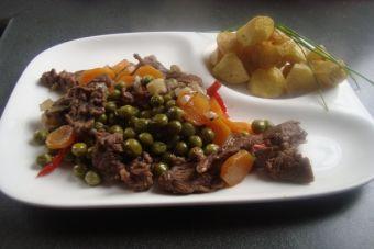 Carne arvejada a la cacerola