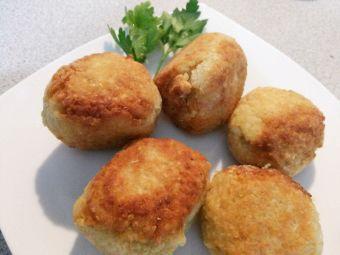 Cómo preparar Croquetas de quínoa rellenas con queso