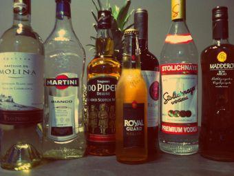 Cómo sustituir las bebidas alcohólicas en las comidas