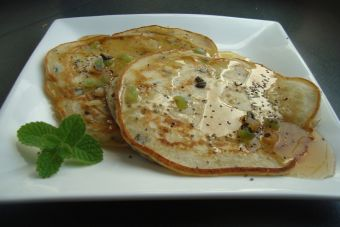 Prepara Pancakes de té verde